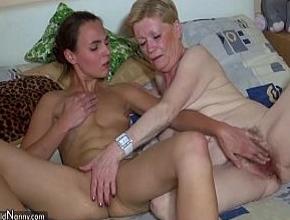 Mi tía y yo nos compenetramos muy bien en el sexo