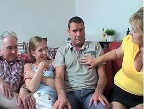 Hacen un cuarteto familiar para paliar el aburrimiento