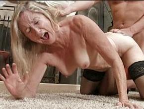 Su nuevo amante le regala los mejores orgasmos de su vida
