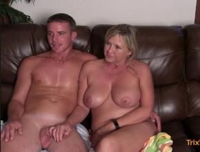 A mi madre y a mi nos encanta rodar escenas porno juntos