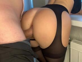 Sexo anal para superar la pérdida de su marido